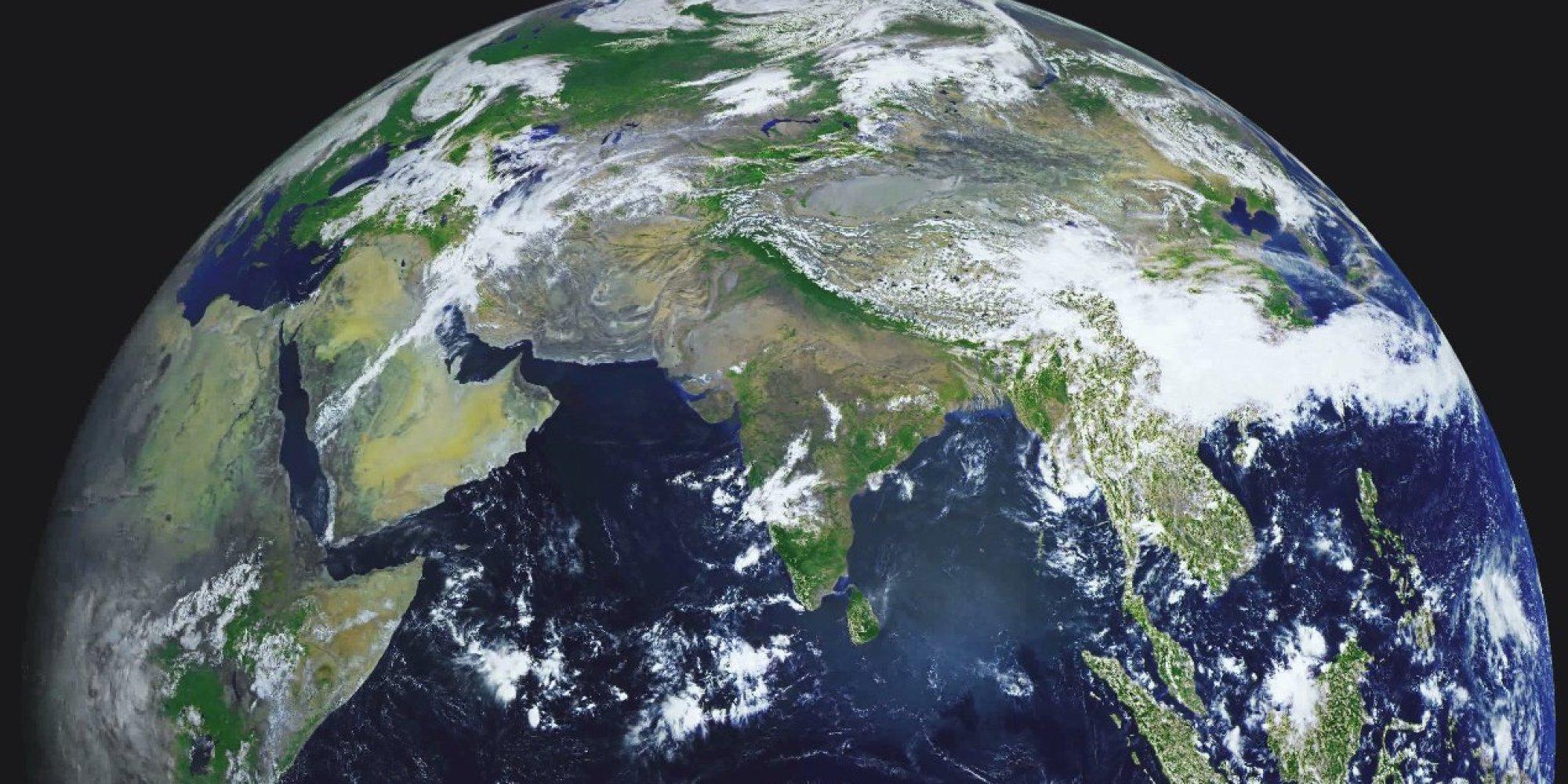 Круглая ли Земля? O-EARTH-4K-facebook