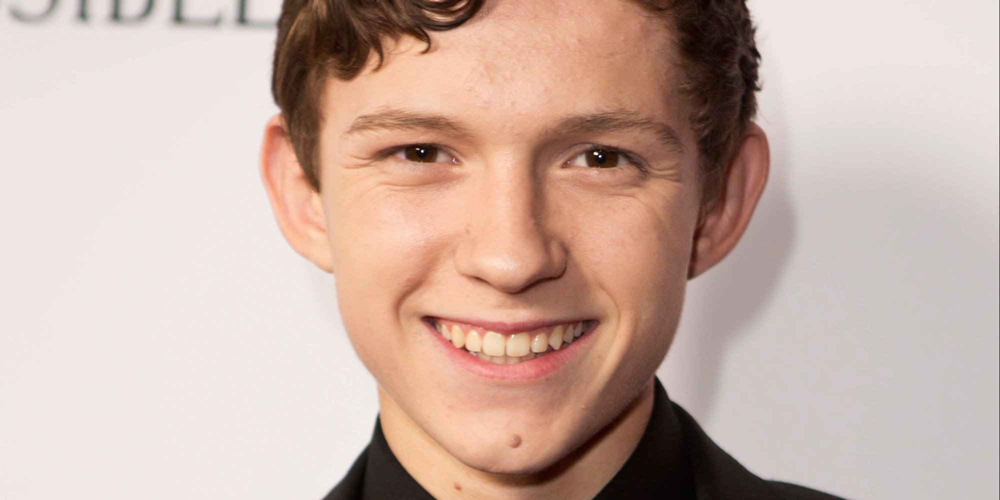 Dreamcasting for a Video Game Movie - Page 2 O-TOM-HOLLAND-IMPOSSIBLE-facebook