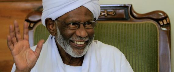 وفاة الزعيم السوداني المعارض حسن الترابي عن عمر ناهز84 عاما N-HASSAN-ALTURABI-large570