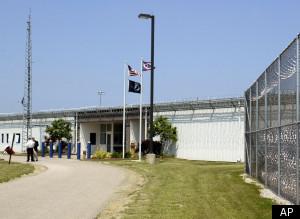Private Prisons: Corportation Offers Cash In Exchange For State Prisons S-PRIVATE-PRISONS-large300