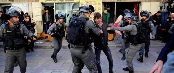 أهالي القدس متخوفون من قرار ترامب.. هكذا سيُهدِّد مصير 300 ألف فلسطيني في المدينة N-CITY-OF-JERUSALEM-large570