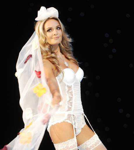 Official Thread of Miss World 2006 - Tatana Kucharova (Czech Republic) - Page 2 VED26493a_DSC_0326