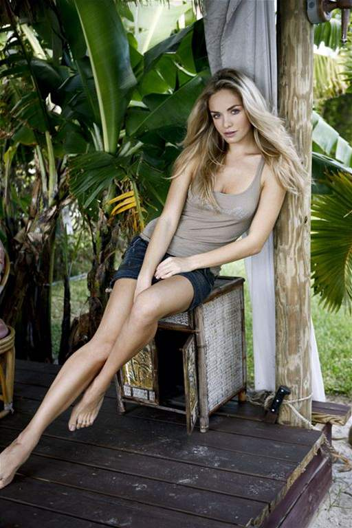 Kucharova - Official Thread of Miss World 2006 - Tatana Kucharova (Czech Republic) LUT274927_atana_v_objektivu_Livia_Mancinelli_2