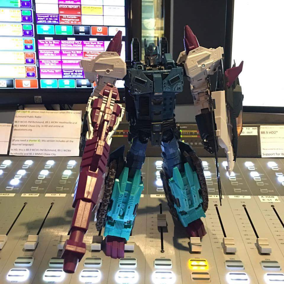 [Mastermind Creations] Produit Tiers - R-17 Carnifex - aka Overlord (TF Masterforce) - Page 3 0XyZO2Ad