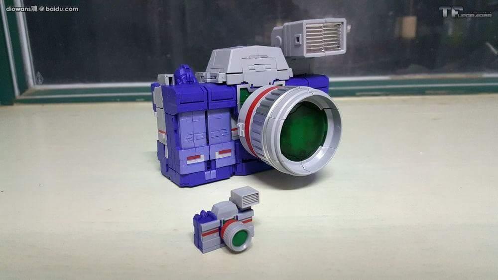 [Fanstoys] Produit Tiers - Jouet FT-11 Spotter - aka Reflector/Réflecteur - Page 2 1ATx771q