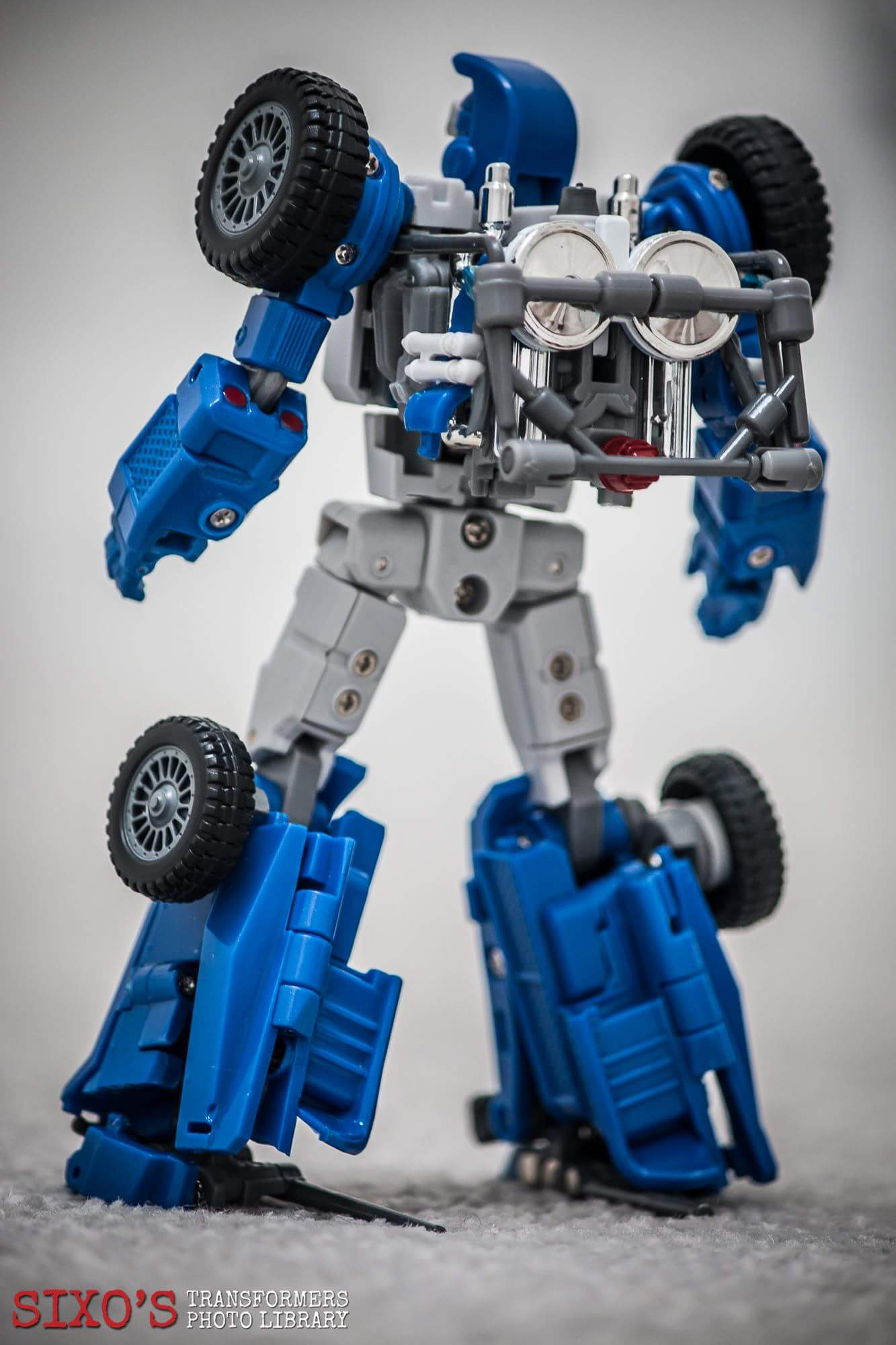 [X-Transbots] Produit Tiers - Minibots MP - Gamme MM - Page 6 1k3OYL30