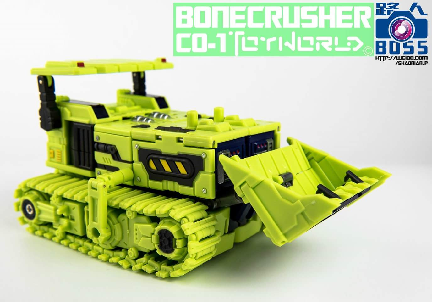 [Toyworld] Produit Tiers - Jouet TW-C Constructor aka Devastator/Dévastateur (Version vert G1 et jaune G2) - Page 3 2BhjWP1z