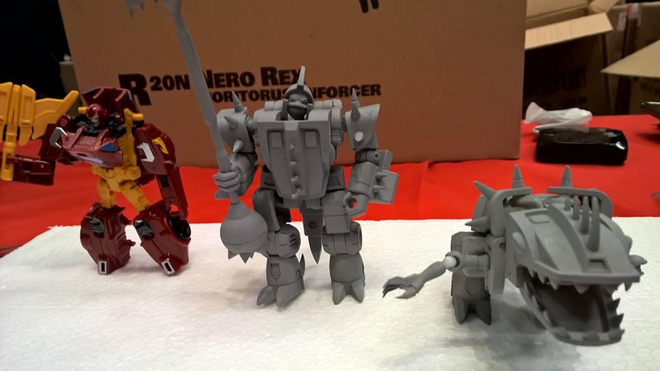 Produit Tiers: [Corbot V] CV-002 Mugger - aka Allicon   [Unique Toys] G-02 Sharky - aka Sharkticon/Requanicon 2ihId3uN