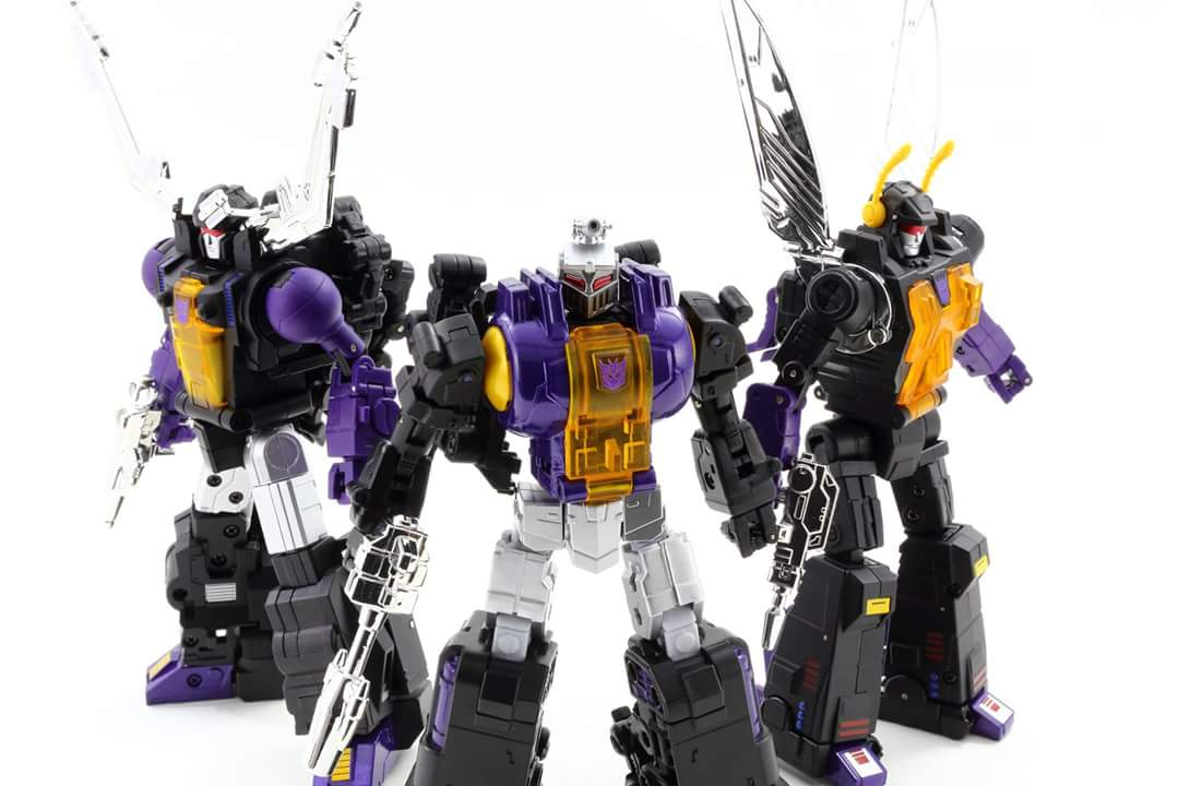 [Fanstoys] Produit Tiers - Jouet FT-12 Grenadier / FT-13 Mercenary / FT-14 Forager - aka Insecticons - Page 4 3lSAvfMP
