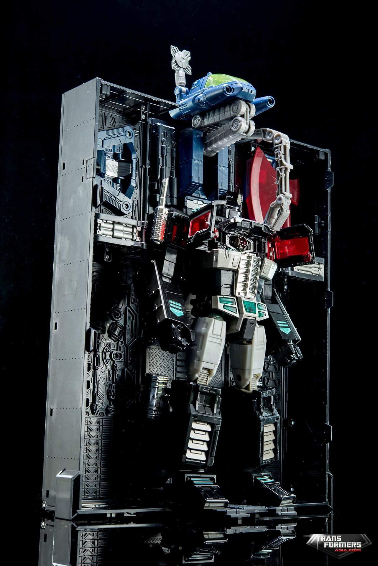 [Masterpiece] MP-10B   MP-10A   MP-10R   MP-10SG   MP-10K   MP-711   MP-10G   MP-10 ASL ― Convoy (Optimus Prime/Optimus Primus) - Page 4 4QF4y0De