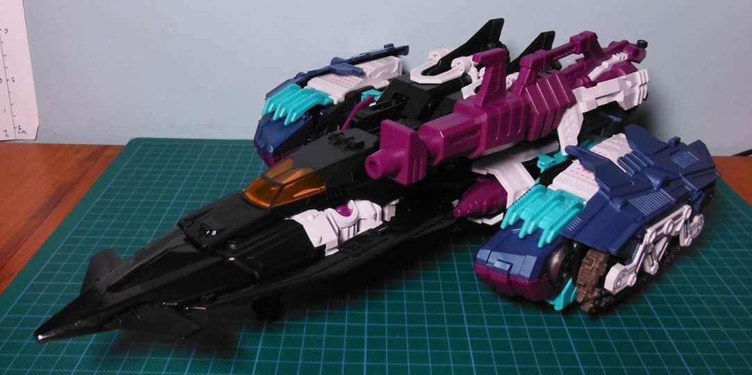 [Mastermind Creations] Produit Tiers - R-17 Carnifex - aka Overlord (TF Masterforce) - Page 3 5EGMIYNS