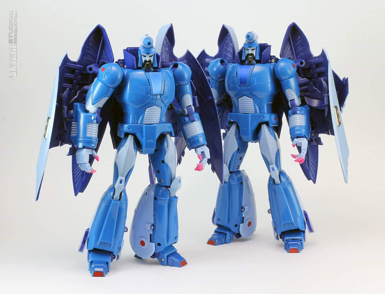 [X-Transbots] Produit Tiers - MX-II Andras - aka Scourge/Fléo - Page 3 5dXHHIFi