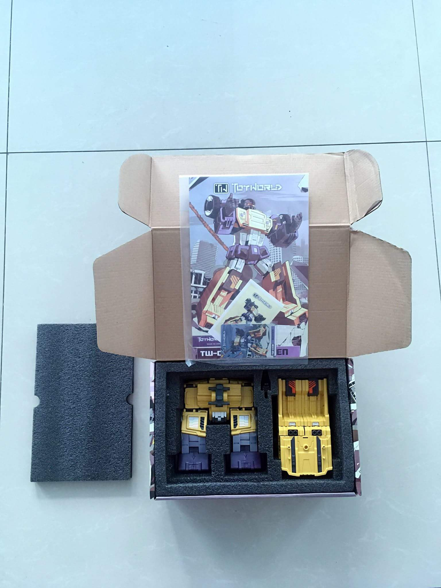 [Toyworld] Produit Tiers - Jouet TW-C Constructor aka Devastator/Dévastateur (Version vert G1 et jaune G2) - Page 8 6HU9HoVC