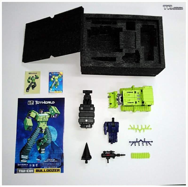 [Toyworld] Produit Tiers - Jouet TW-C Constructor aka Devastator/Dévastateur (Version vert G1 et jaune G2) - Page 2 6XvGyhHy