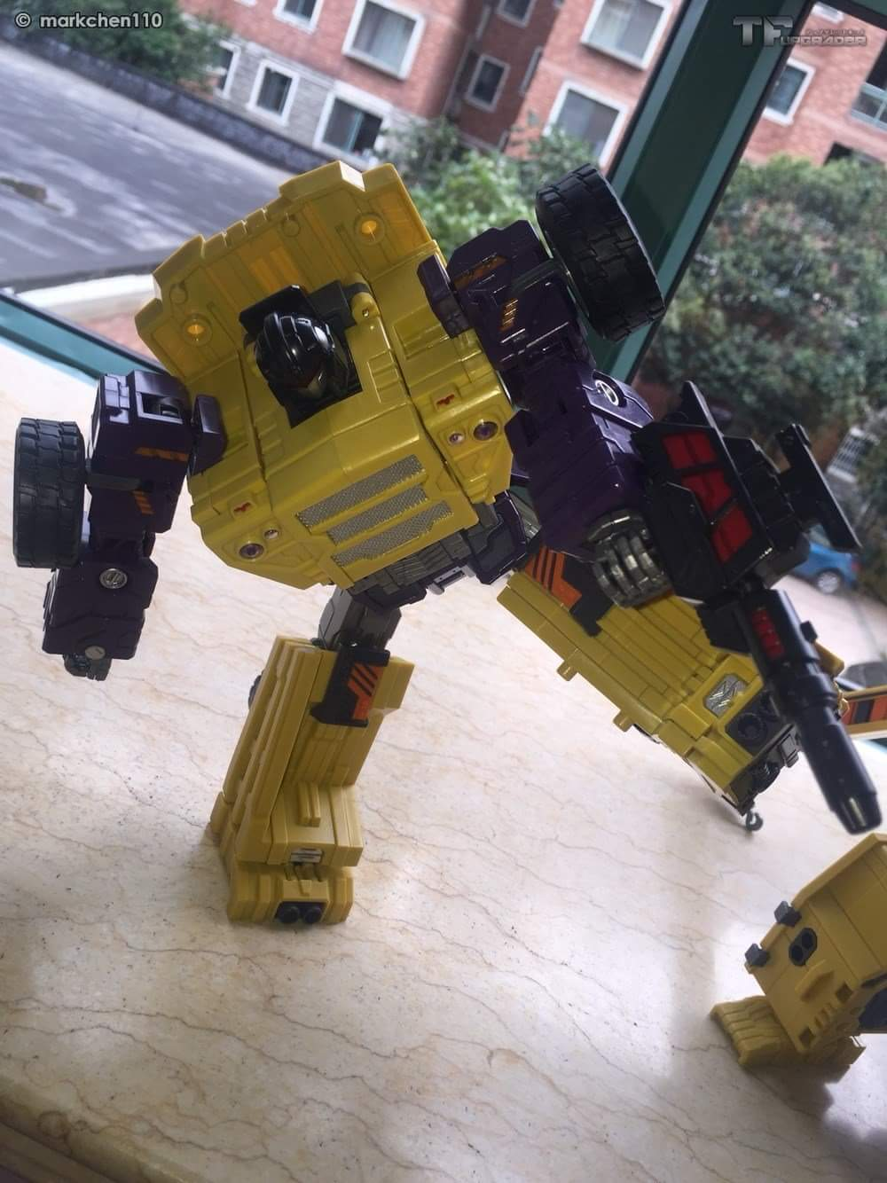 [Toyworld] Produit Tiers - Jouet TW-C Constructor aka Devastator/Dévastateur (Version vert G1 et jaune G2) - Page 8 7ldkgvTp