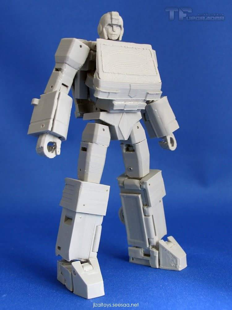 [Jizai Toys] Produit Tiers - G1 Powerglide/Survolo + Mégatron + Wheelie/Tourbillo + Ironhide/Rhino + Femelles Autobots, etc... - Page 2 8QHeBrE9