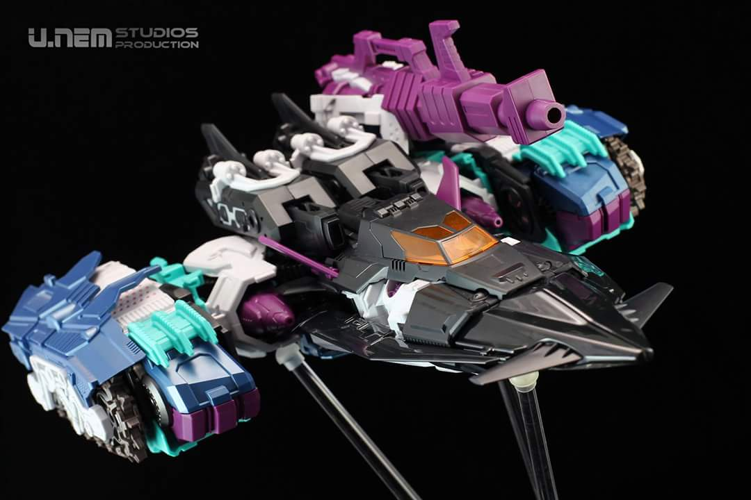[Mastermind Creations] Produit Tiers - R-17 Carnifex - aka Overlord (TF Masterforce) - Page 3 9gLXR6eh