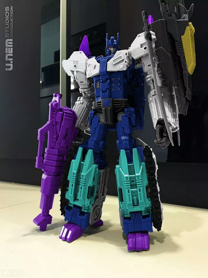 [Mastermind Creations] Produit Tiers - R-17 Carnifex - aka Overlord (TF Masterforce) 9nTnltYa