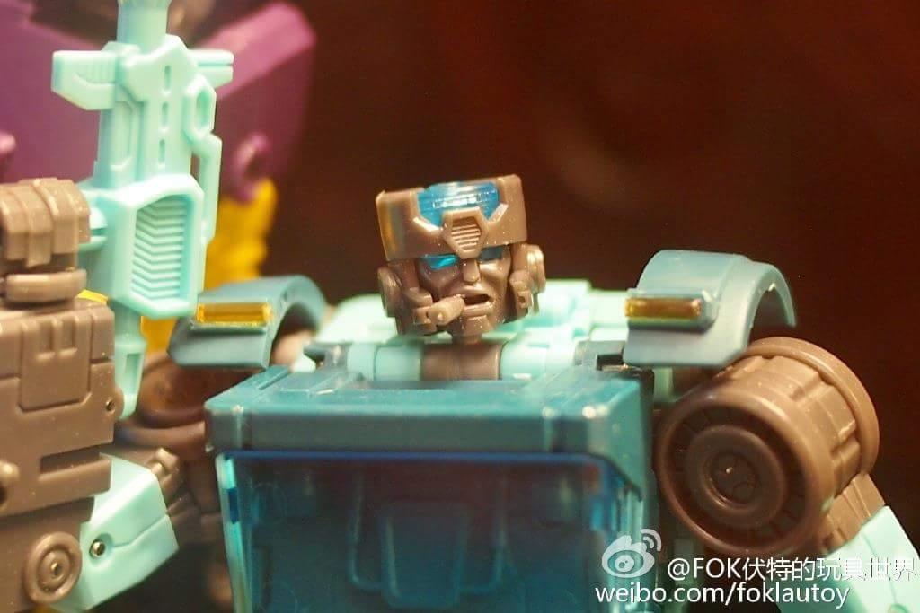 [Toyworld] Produit Tiers - Jouet TW-M03 Crank aka Kup/Kaisso AE1AFN9Q