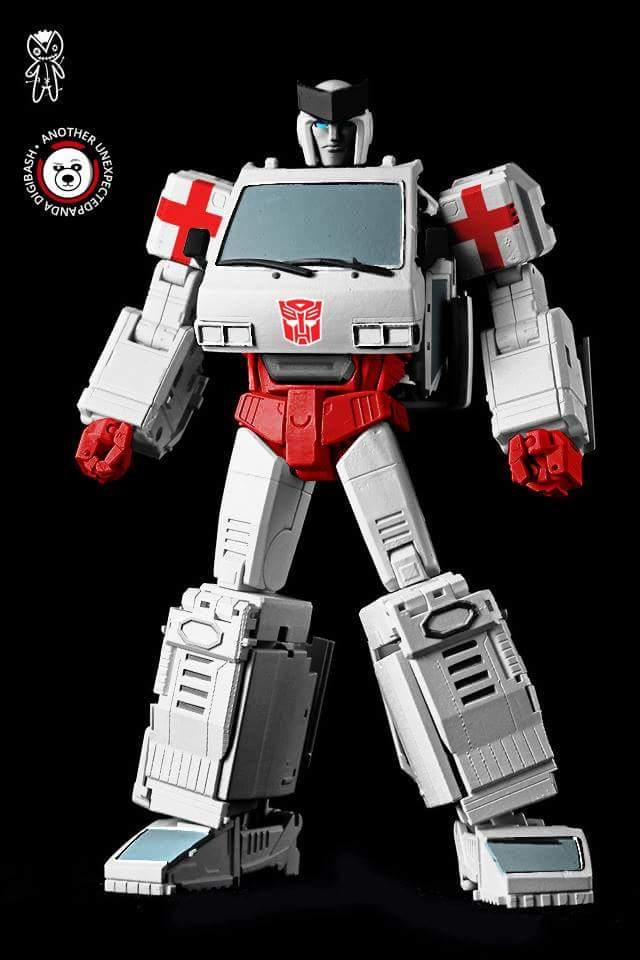 [Voodoo Robots] Produit Tiers - Salus (aka Ratchet/Mécano) & Animus (aka Ironhide/Rhino) AF1JsCkR