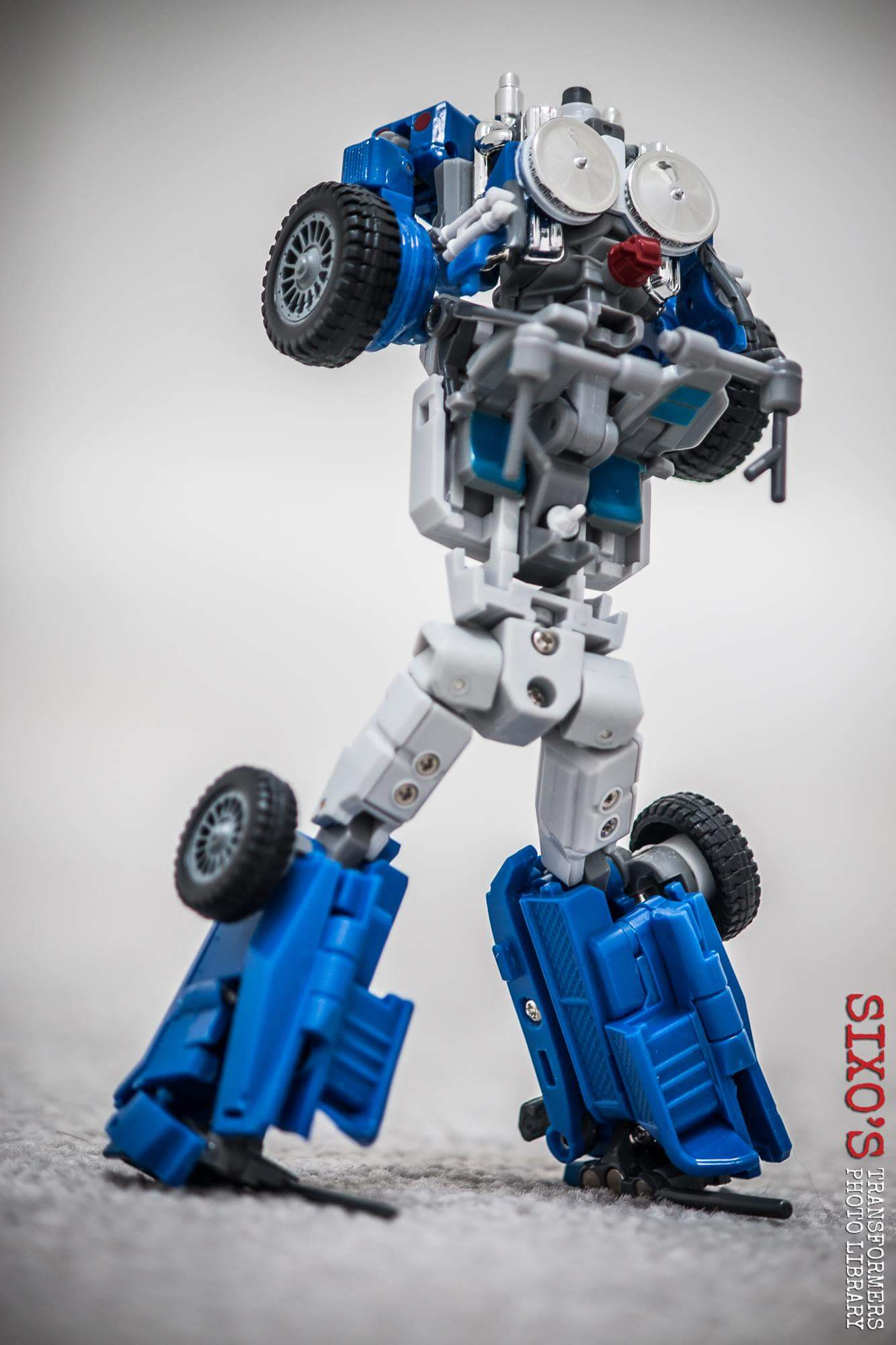 [X-Transbots] Produit Tiers - Minibots MP - Gamme MM - Page 6 C9RHibsV