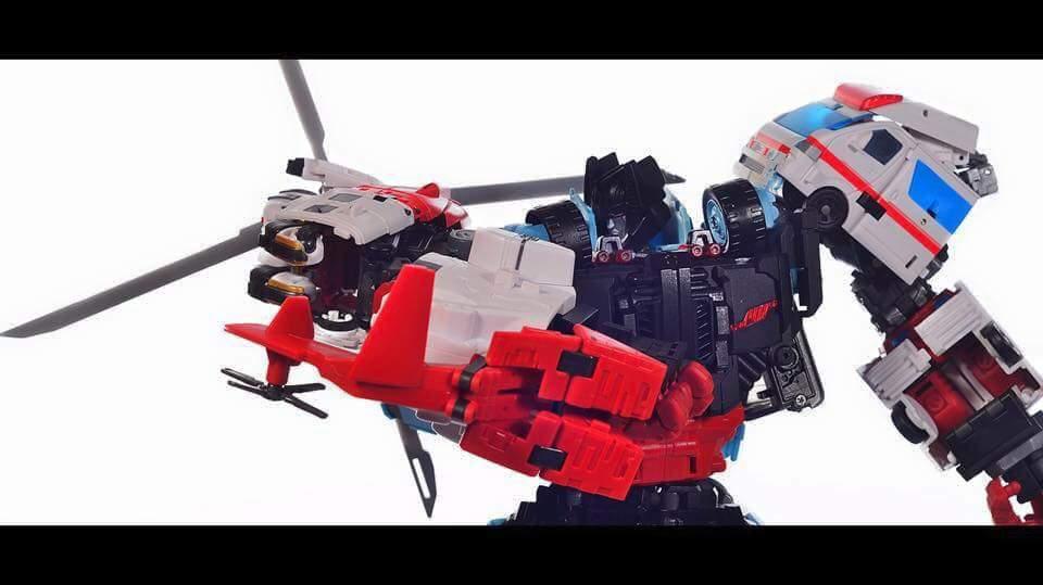[MakeToys] Produit Tiers - Jouet MTCM-04 Guardia (aka Protectobots - Defensor/Defenso) - Page 2 CYXjaHax