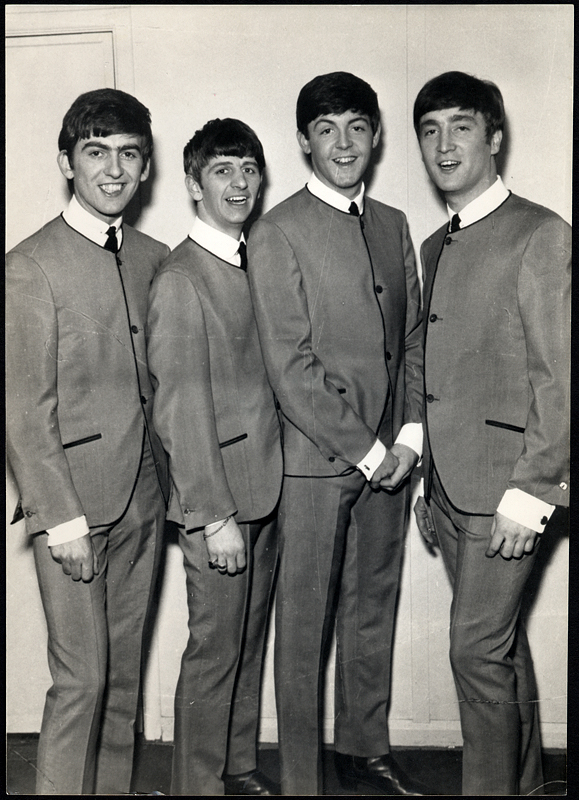 ¿Cuánto mide Paul McCartney? - Altura - Real height E1aCBexP
