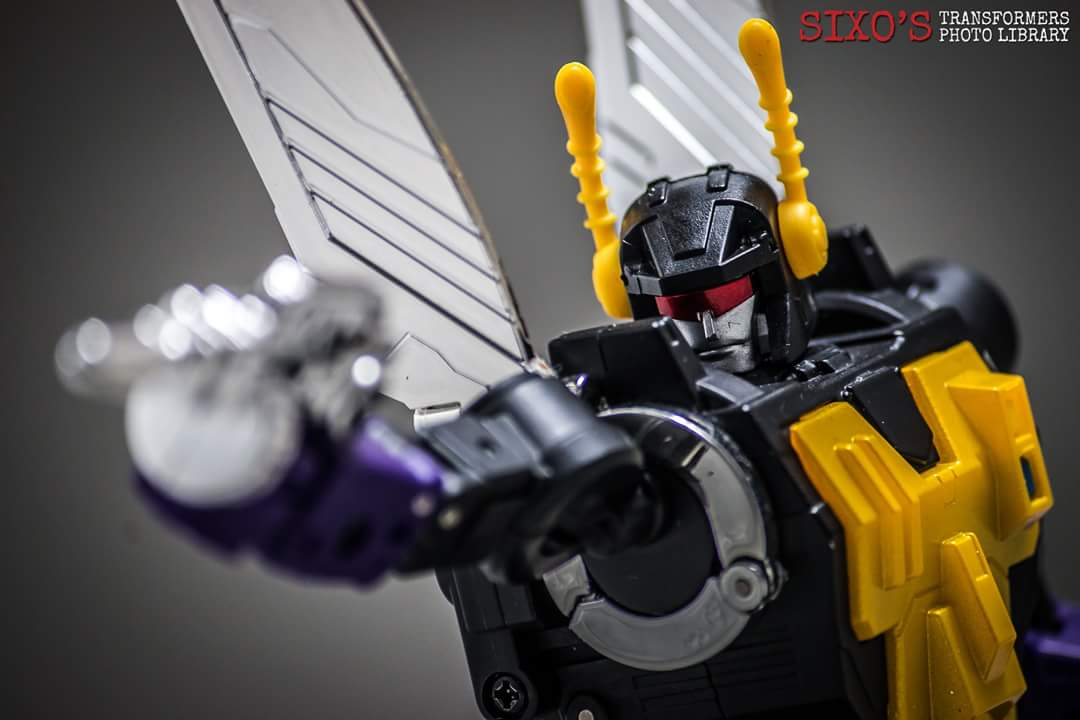 [Fanstoys] Produit Tiers - Jouet FT-12 Grenadier / FT-13 Mercenary / FT-14 Forager - aka Insecticons - Page 4 F4bj2KWo