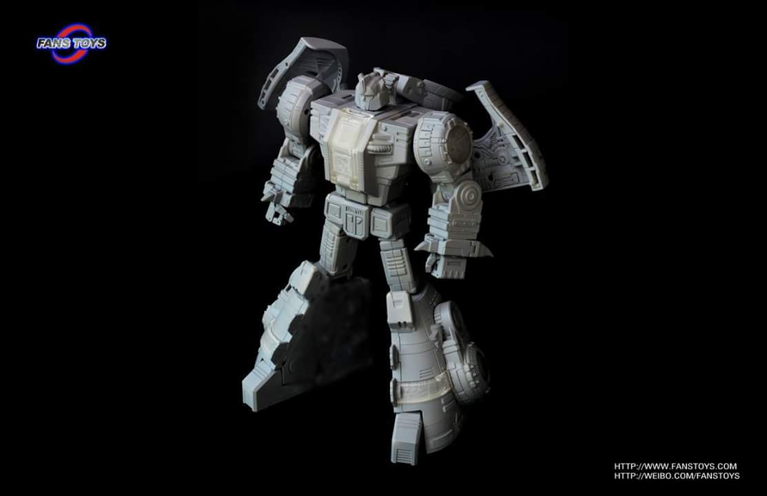 [Fanstoys] Produit Tiers - Dinobots - FT-04 Scoria, FT-05 Soar, FT-06 Sever, FT-07 Stomp, FT-08 Grinder - Page 5 FOzlS6Dt