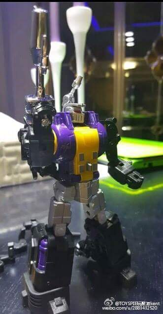 [Fanstoys] Produit Tiers - Jouet FT-12 Grenadier / FT-13 Mercenary / FT-14 Forager - aka Insecticons - Page 2 Fo0jSOG9