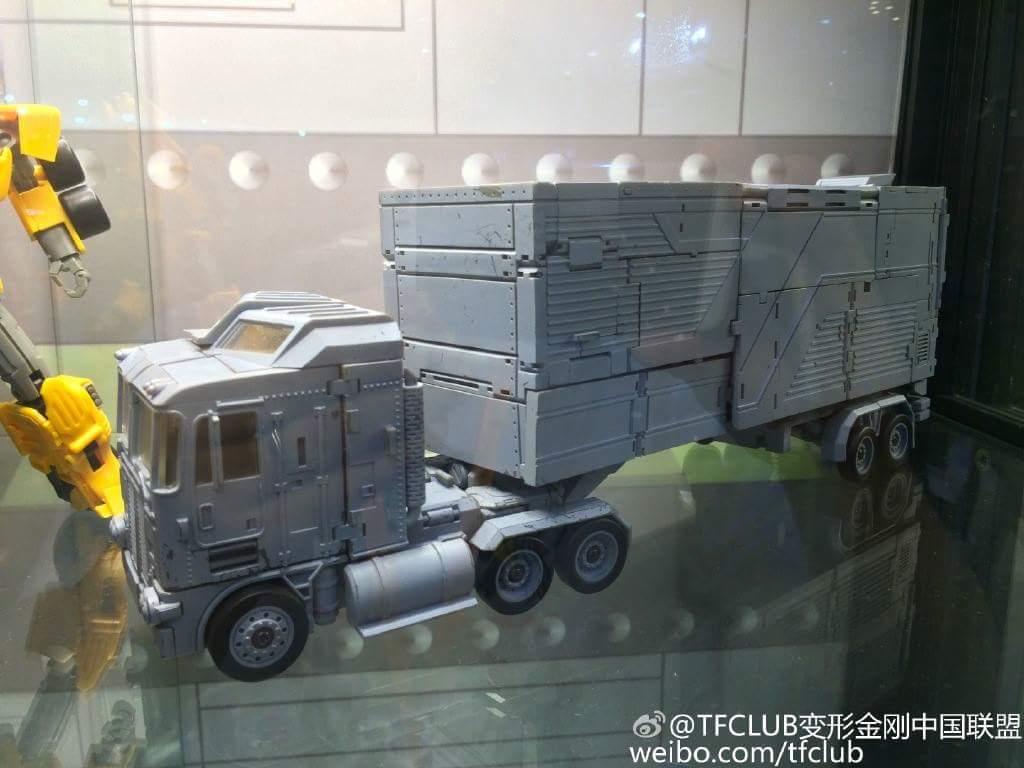 [Transform Mission] Produit Tiers - Jouet M-01 AutoSamurai - aka Menasor/Menaseur des BD IDW - Page 3 GM30eC1z