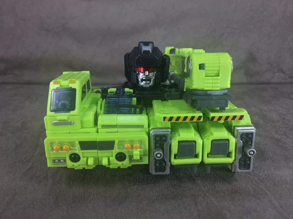 [Generation Toy] Produit Tiers - Jouet GT-01 Gravity Builder - aka Devastator/Dévastateur - Page 4 HbDMGpHs
