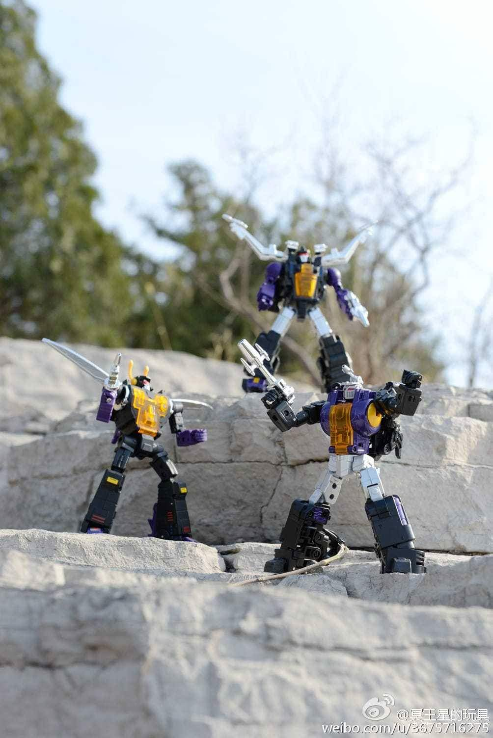 [Fanstoys] Produit Tiers - Jouet FT-12 Grenadier / FT-13 Mercenary / FT-14 Forager - aka Insecticons - Page 3 I7SNt0jh