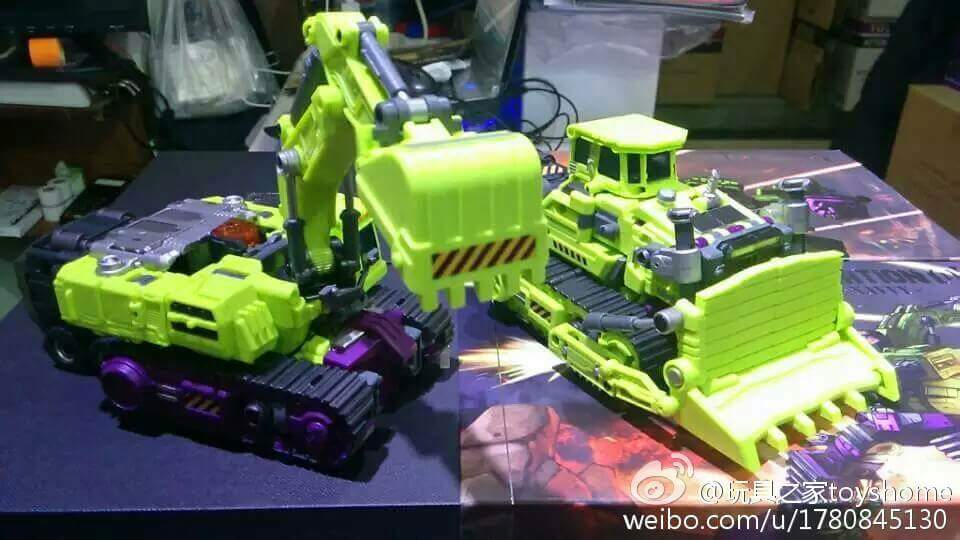 [Generation Toy] Produit Tiers - Jouet GT-01 Gravity Builder - aka Devastator/Dévastateur - Page 3 J0v1btRf