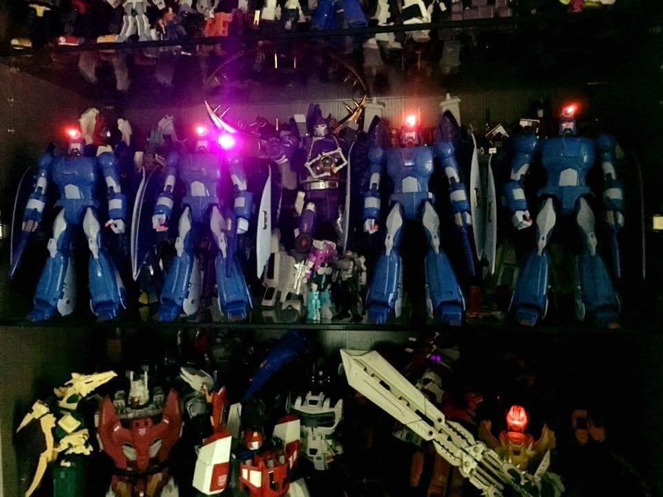 [X-Transbots] Produit Tiers - MX-II Andras - aka Scourge/Fléo - Page 3 JIaFA0L8