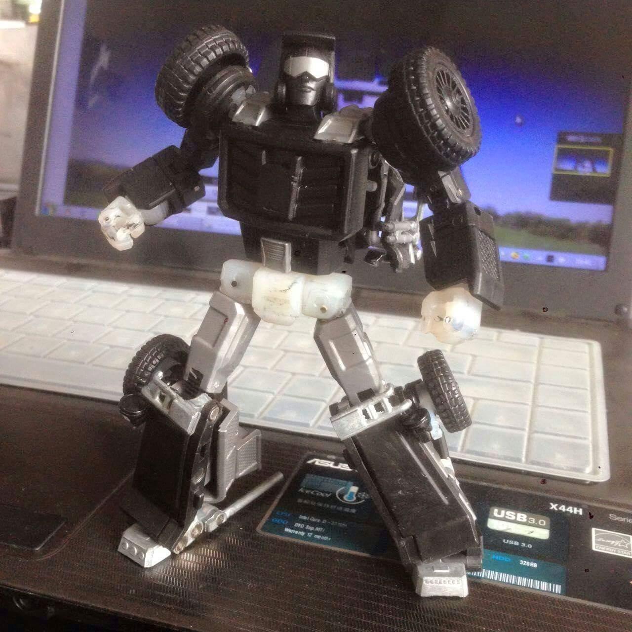 [X-Transbots] Produit Tiers - Minibots MP - Gamme MM - Page 2 JKXZkxcy
