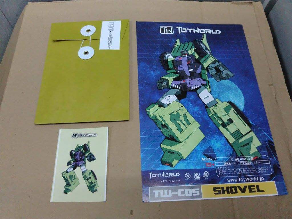 [Toyworld] Produit Tiers - Jouet TW-C Constructor aka Devastator/Dévastateur (Version vert G1 et jaune G2) - Page 3 KirHuCek