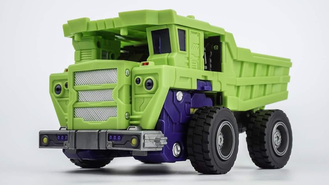 [Toyworld] Produit Tiers - Jouet TW-C Constructor aka Devastator/Dévastateur (Version vert G1 et jaune G2) - Page 6 L9KfFTwo
