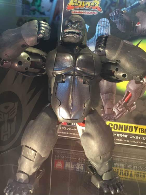 [Masterpiece] MP-32, MP-38 Optimus Primal et MP-38+ Burning Convoy (Beast Wars) - Page 3 M1pWeRTr
