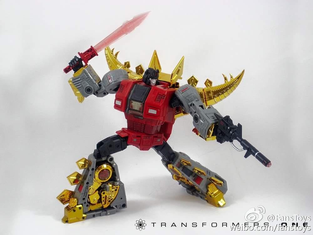 [Fanstoys] Produit Tiers - Dinobots - FT-04 Scoria, FT-05 Soar, FT-06 Sever, FT-07 Stomp, FT-08 Grinder - Page 5 MFem5j44