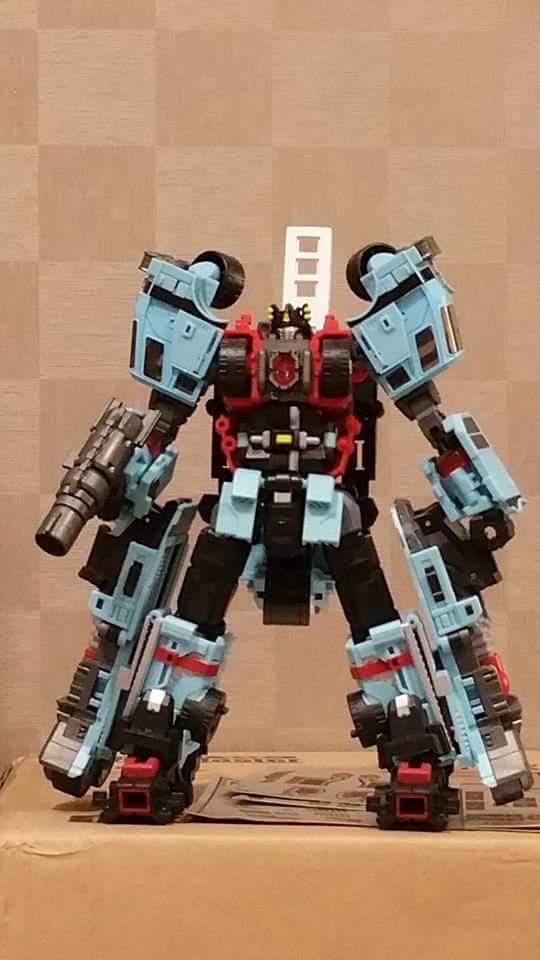 [MakeToys] Produit Tiers - Jouet MTCM-04 Guardia (aka Protectobots - Defensor/Defenso) N57SgKmV