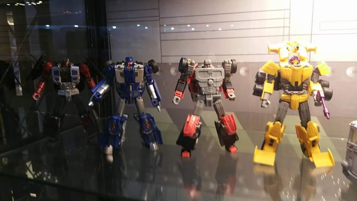 [Transform Mission] Produit Tiers - Jouet M-01 AutoSamurai - aka Menasor/Menaseur des BD IDW - Page 3 NiwWaUj8