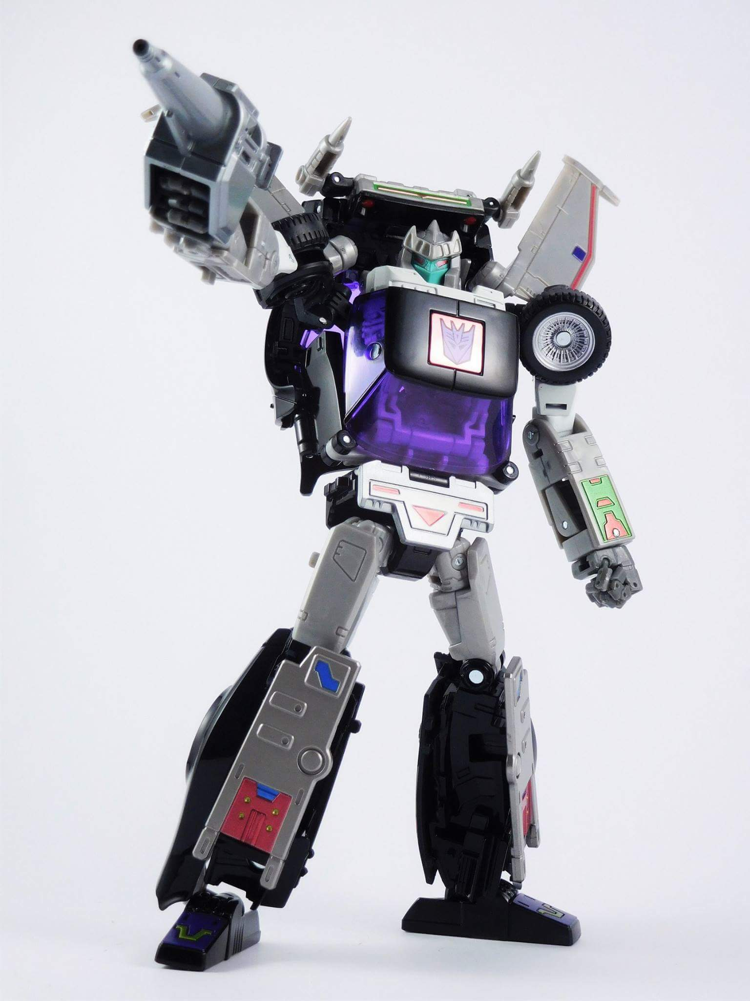 [Masterpiece] MP-25L LoudPedal (Rouge) + MP-26 Road Rage (Noir) ― aka Tracks/Le Sillage Diaclone - Page 3 NycV9PhA