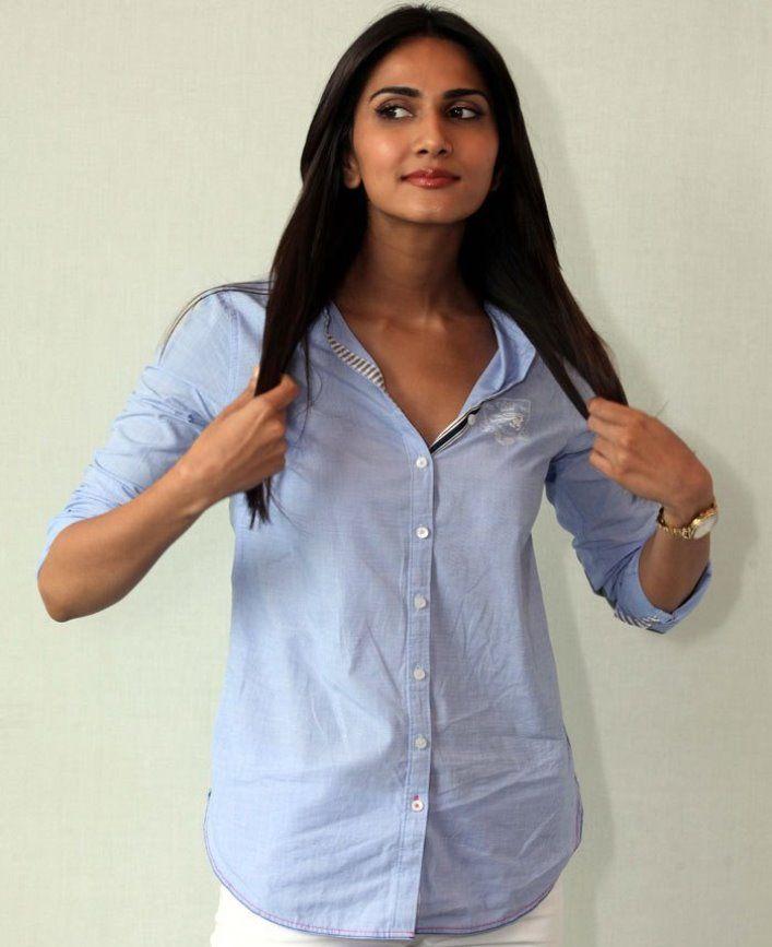 Vaani Kapoor New Hot Stills OD34w80p
