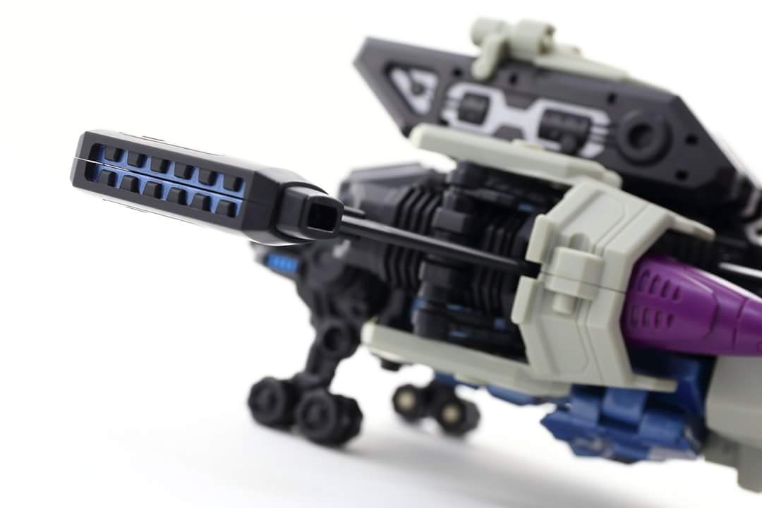[Mastermind Creations] Produit Tiers - R-17 Carnifex - aka Overlord (TF Masterforce) - Page 3 OsKhqJDf