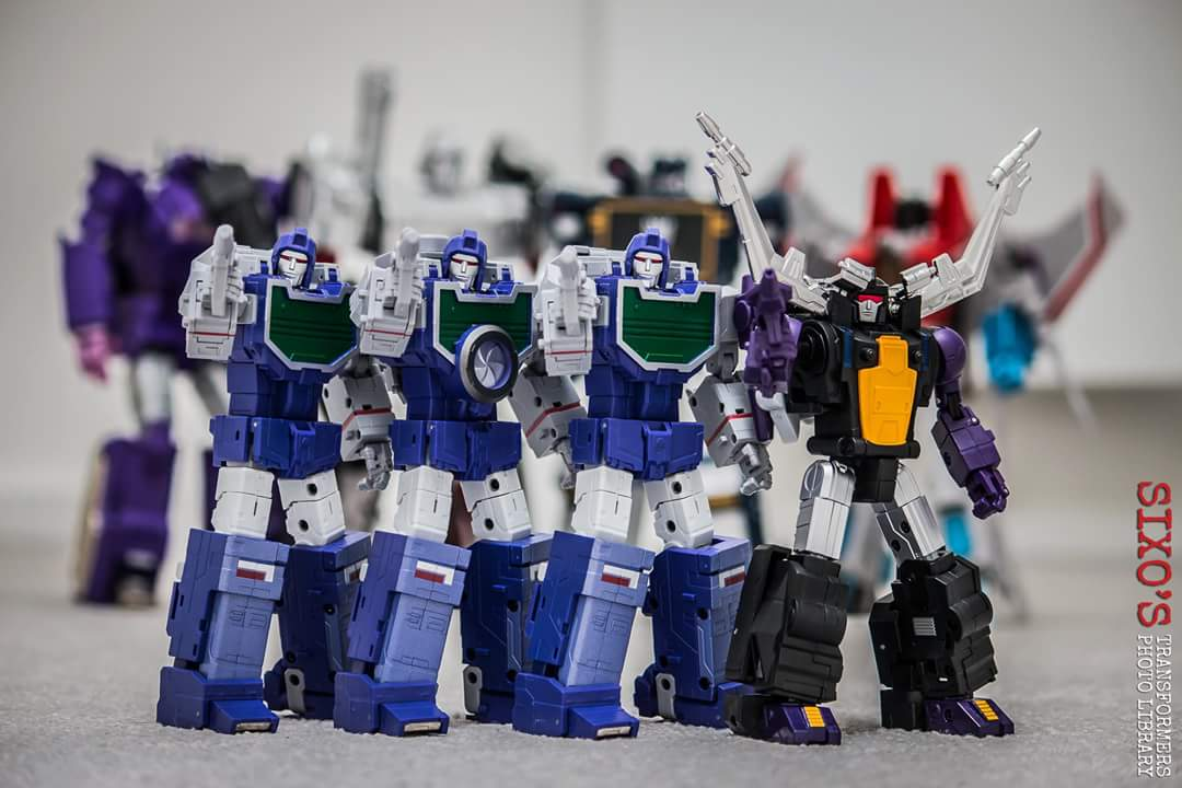 [Fanstoys] Produit Tiers - Jouet FT-12 Grenadier / FT-13 Mercenary / FT-14 Forager - aka Insecticons - Page 3 PuYm4HxT