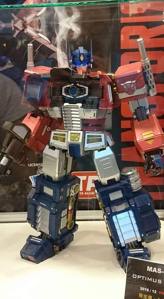 Figurines Transformers G1 (articulé, non transformable) ― Par ThreeZero, R.E.D, Super7, Toys Alliance, etc - Page 4 Pwqn7KcB