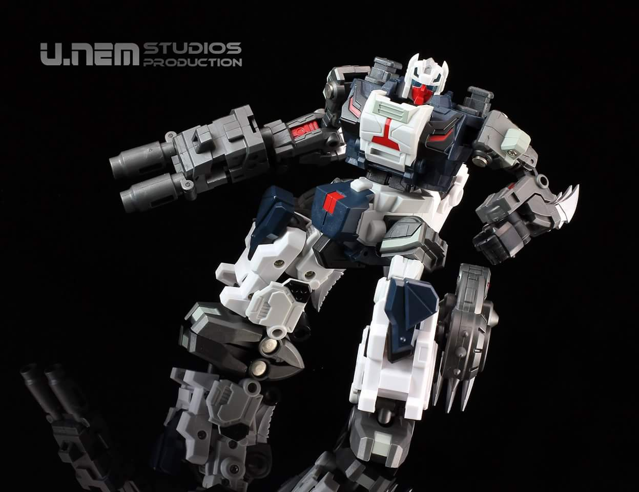 [FansProject] Produit Tiers - Jouet Saurus Ryu-oh aka Dinoking (Victory) | Monstructor (USA) - Page 2 QK4CO7Q8