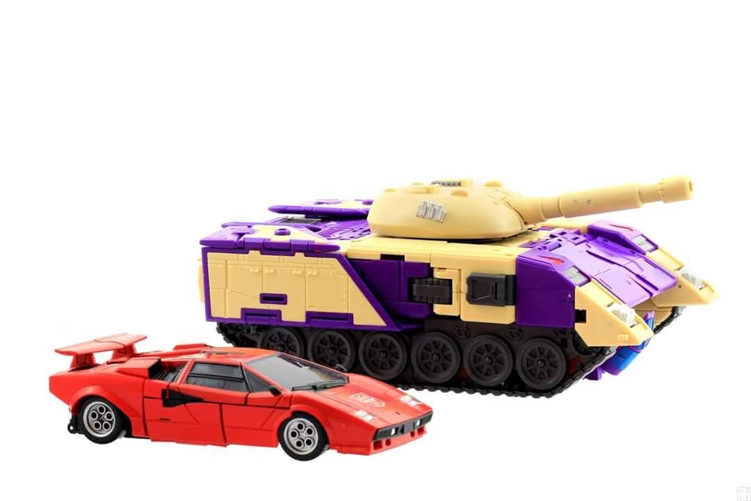[DX9 Toys] Produit Tiers D-08 Gewalt - aka Blitzwing/Le Blitz - Page 2 Qb8q4biP