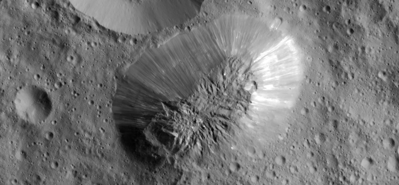 Mission Dawn/Ceres - Page 4 SMCjPA1v